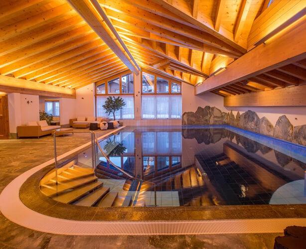 Отель Riffelalp Resort 2222m 5*